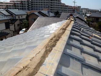佐倉市 屋根 棟瓦取り直し 漆喰詰め直し 悪天候にはしっかり対応 今日は晴れ