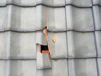 佐倉市 屋根 棟瓦取り直し 漆喰詰め直し 点検 瓦の割れ