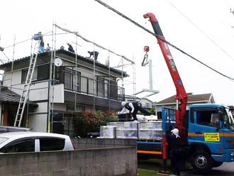 千葉市花見川区 従来の屋根の撤去 クレーン使用