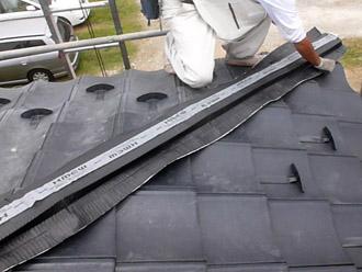 棟を固定する部分は乾式工法