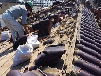 千葉県千葉市花見川区 屋根葺き替え 瓦の撤去