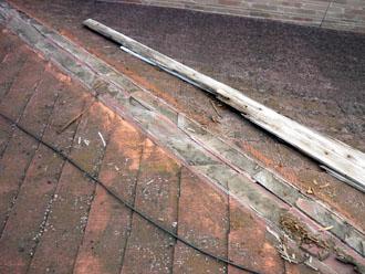袖ヶ浦市 板金交換工事 棟板金の撤去 貫板の撤去 清掃