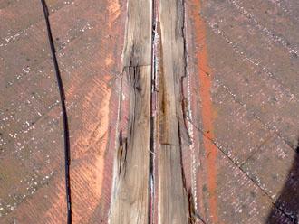 千葉県 千葉市若葉区 板金交換工事 貫板の劣化と腐食