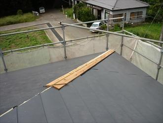 印旛郡酒々井町 屋根カバー 芯木設置