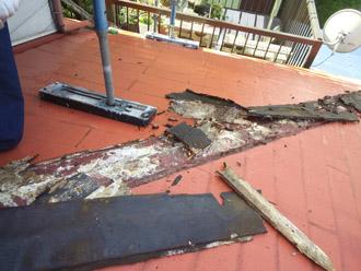 千葉県 大網白里市 屋根カバー工法 貫板の撤去後の清掃