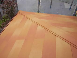 千葉県 大網白里市 屋根カバー工法 棟板金の設置完了