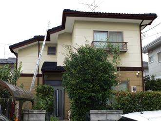 千葉県 市原市 カラーシミュレーション 屋根と庇がディープグリーンで外壁がライトブラウンとクリームホワイトのツートン