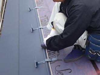 千葉県市原市 屋根カバー工法 屋根材及び雪止め金具設置