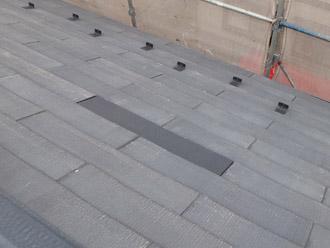 浦安市 屋根補修 屋根塗装 目地の補修 割れたスレートの交換