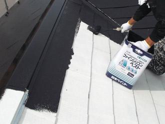 浦安市 屋根補修 屋根塗装 目地の補修 中塗り