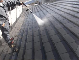 千葉県習志野市 屋根塗装 外壁塗装 塗装の様子 屋根 高圧洗浄