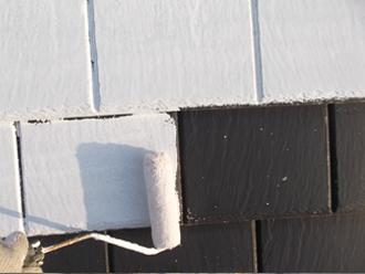 千葉県習志野市 屋根塗装 外壁塗装 塗装の様子 屋根 下塗り シーラー