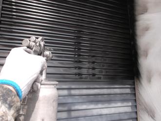 千葉県習志野市 屋根塗装 外壁塗装 塗装の様子 中塗り