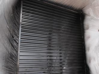 千葉県習志野市 屋根塗装 外壁塗装 塗装の様子 雨戸 上塗り 塗装完了後