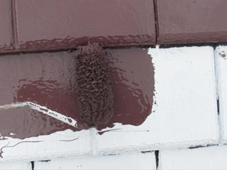 千葉県習志野市 屋根塗装 外壁塗装 塗装の様子 屋根 中塗り サーモアイ