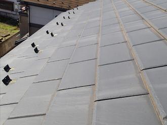 千葉県習志野市 屋根塗装 外壁塗装 点検の様子 屋根全体 色褪せ