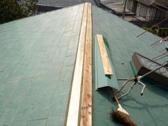 袖ヶ浦市 屋根 板金工事 新しい貫板の設置 新しい板金の設置