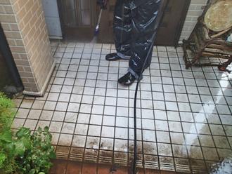 千葉県袖ヶ浦市 屋根塗装 棟板金交換 玄関廻りの高圧洗浄