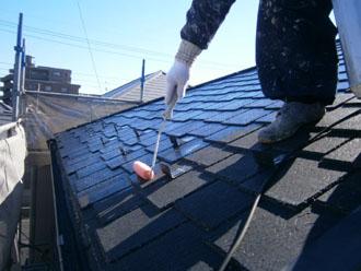埼玉県 富士見市 屋根塗装 外壁塗装 バルコニー防水 屋根の下塗り