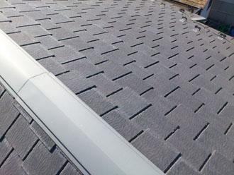 埼玉県 富士見市 屋根塗装 外壁塗装 バルコニー防水 点検 屋根 棟板金の日焼けと色褪せ