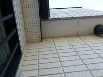 埼玉県 富士見市 屋根塗装 外壁塗装 バルコニー防水 点検 外壁の何かの設置跡