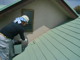 東京都立川市 屋根塗装工事 中塗り