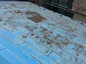 横浜市保土ケ谷区 屋根カバー工事 点検 反対の斜面の様子