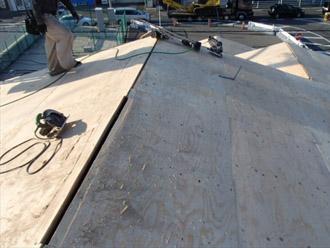 横浜市戸塚区 屋根葺き替え工事 野地板の貼り増し