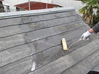 神奈川県横浜市戸塚区 屋根塗装工事 シラーによる下塗り