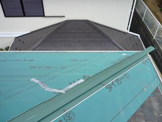 横浜市戸塚区 屋根カバー工事 防水紙
