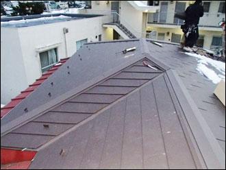 横浜市港南区 屋根カバー工事 板金設置完了