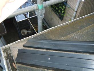 横浜市瀬谷区 棟板金交換  屋根塗装・外壁塗装  棟板金交換 樹脂製貫板タフモックの設置