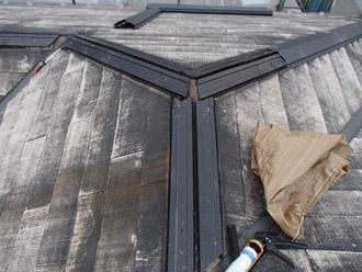 横浜市瀬谷区 棟板金交換  屋根塗装・外壁塗装  棟板金交換 樹脂製の貫板