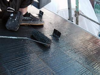 横浜市瀬谷区 棟板金交換  屋根塗装・外壁塗装 屋根の上塗り