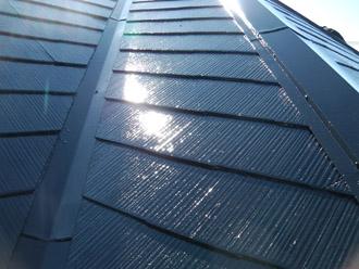 横浜市瀬谷区 棟板金交換  屋根塗装・外壁塗装 屋根の上塗り完了