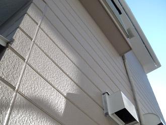 横浜市瀬谷区 棟板金交換  屋根塗装・外壁塗装 中塗り