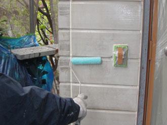 横浜市磯子区 外壁塗装 下塗り