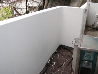 屋根塗装工事 細部塗装 擁壁塗装後