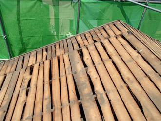横浜市 鶴見区 屋根葺き替え 防水紙を撤去した屋根の様子