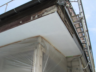 横浜市 鶴見区 屋根葺き替え 軒天の塗装