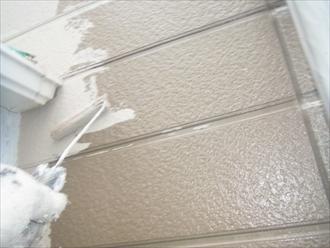 横浜市 外壁塗装 ナノコンポジットW 中塗り