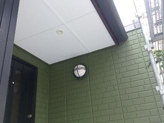 神奈川県横須賀市 屋根塗装 外壁塗装 1階部分の雨戸の塗装