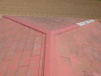 千葉市若葉区 倉庫:棟板金交換 母屋:漆喰詰め増し 施工前
