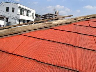 千葉市中央区 強風で板金消失、棟板金交換、樹脂製貫板使用 施工前