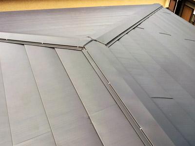 欠陥工事?で雨漏り 屋根カバー工法で解消! 千葉県柏市、施工後写真