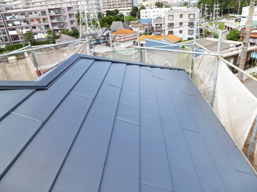 千葉市稲毛区 劣化した屋根を屋根カバー工事 外壁塗装・細部塗装 施工後
