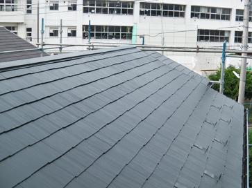 横浜市磯子区 棟板金交換とルーフマイルドによる屋根塗装でメンテナンス 施工後