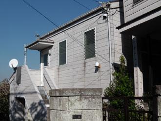 横浜市磯子区 コロニアルグラッサで屋根リフォーム、築25年の建物のメンテナンス 施工前