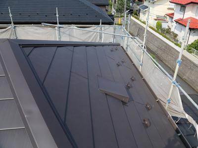 千葉県佐倉市 屋根カバー工法で雨漏り解消 お部屋の雨染みを塗装でリフレッシュ、施工後写真