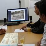 世田谷区 屋上防水工事前の社内打ち合わせの様子
